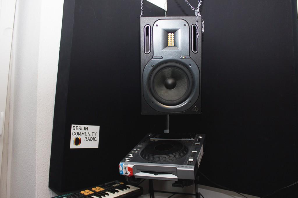 BERLINCOMMUNITYRADIO-8950