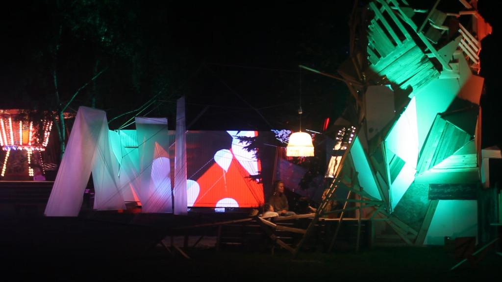 fuchsbau nachts frame By_Eigenwelt