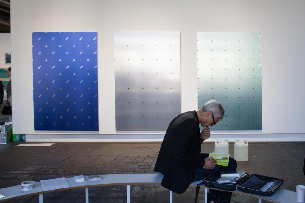 Timur Si-Qin, Société, Installationsansicht